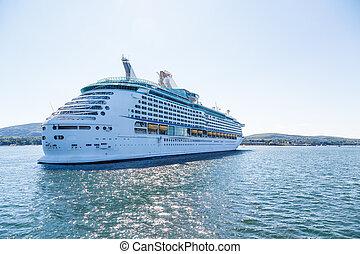 奢侈品巡航, 船, 在, 陽光普照, 海灣