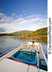 奢侈, 湖