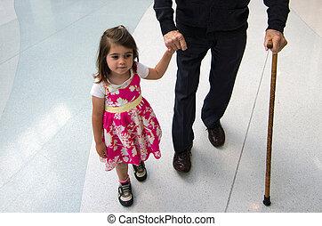 女の子, すばらしい 祖父, 助力, 彼女, littel, 支持