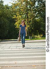 女の子, ∥で∥, a, 袋, 行く, ∥, 方法, の, 歩行者, シマウマ