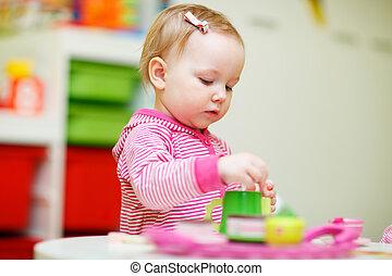 女の子, よちよち歩きの子, 遊び, おもちゃ