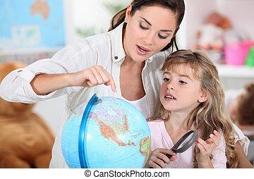女の子, わずかしか, お母さん, 勉強, 地理
