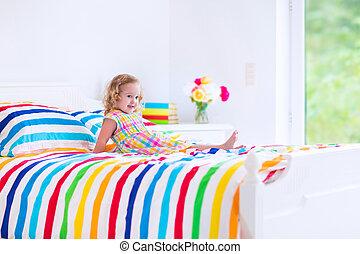 女の子, ベッド