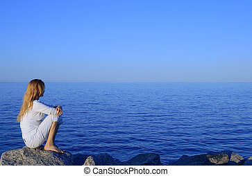 女の子, モデル, 上に, ∥, 岩, によって, ∥, 海