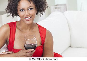 女の子, ワイン, アメリカ人, 若い, 飲むこと, アフリカ 女, 赤