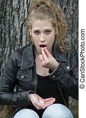 女の子, 丸薬, overdosing