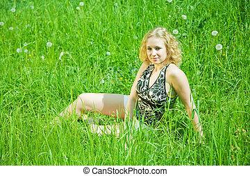 女の子, 休む, 中に, 草