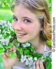 女の子, 保有物, ブランチ, の, 花, 上に, 木。