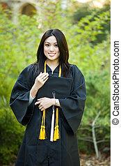 女の子, 卒業