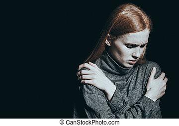 女の子, 圧倒, 絶望