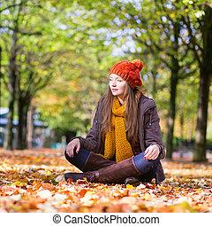 女の子, 幸せ, 若い, 日, 秋