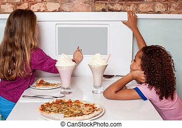 女の子, 楽しむ, ピザ, 中に, a, レストラン