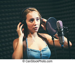 女の子, 歌うこと, に, マイクロフォン, 中に, a, スタジオ