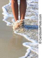 女の子, 歩くこと, 中に, 水