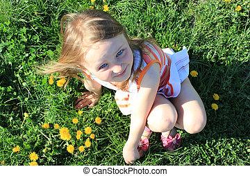 女の子, 芝生の上に横たわる, ∥で∥, たんぽぽ