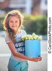 女の子, 花, 箱