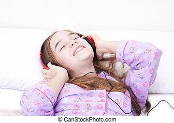 女の子, 音楽が聞く