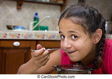 女の子, 食べること, スープ