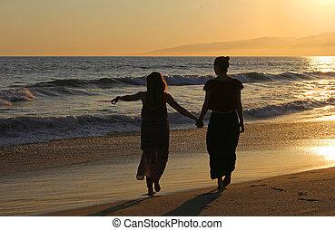 女の子, 2, カリフォルニア, 手を持つ, 浜, sunset.