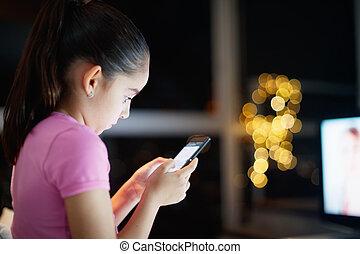 女儿, 网络, 写, 电话, 社会, 没人照顾