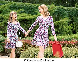 女儿, 购物旅行, 妈妈
