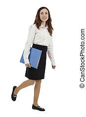 女商人, 步行, 由于, a, 文件夾, 在, 她, 手