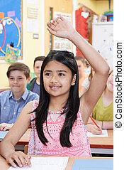 女子学生, 手の 上昇, へ, 答え, 質問, 上に, クラス