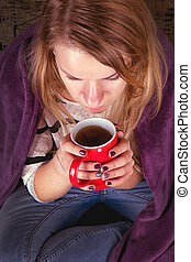 女孩, 坐在沙發上, 在, livingroom, 由于, 茶