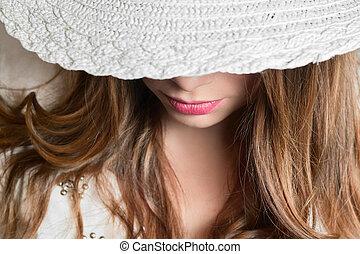 女孩, 帽子