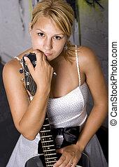 女孩, 由于, 吉他