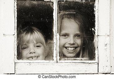 女孩, 透過, 偷看, 在, 老, 窗口