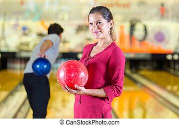 女性の保有物, ボール, ボウリング