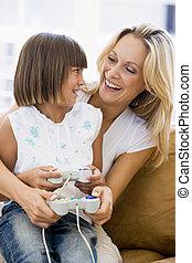 女性の女の子, コントローラー, ビデオ, 若い, ゲーム, 反響室