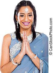 女性の祈ること, indian, 若い