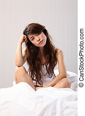 女性の モデル, の上, ベッドに