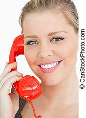 女性の 微笑, ∥において∥, a, 電話