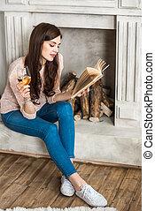 女性の 読書, 本