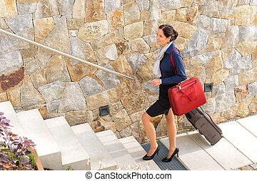 女性ビジネス, 去ること, 手荷物, 行く, 旅行, 微笑