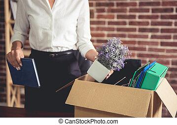 女性ビジネス, 得ること, 発射される
