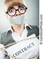 女性実業家, はねるように駆けなさい, によって, 契約, ∥で∥, テープに取られた, mouth.
