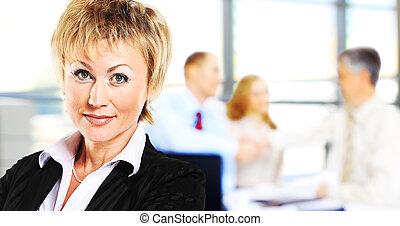 女性実業家, イメージ, かなり
