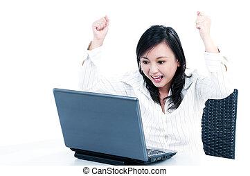 女性実業家, ラップトップ, 若い, 元気づけること, 前部, 幸せ