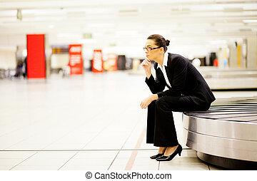 女性実業家, 待つこと, 空港, 手荷物