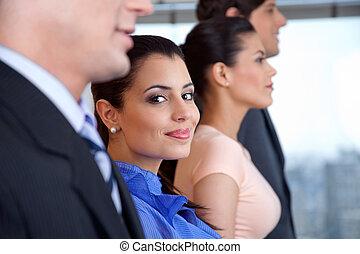 女性実業家, 微笑, 痛みなさい