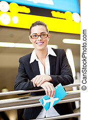 女性実業家, 空港, 若い, かなり