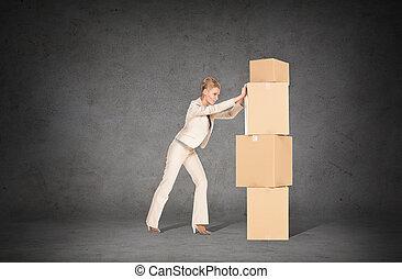 女性実業家, 箱, 押す, タワー, ボール紙