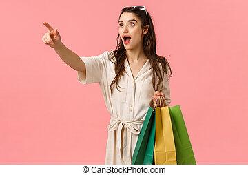 女性, ピンク, manequin., 横に, 背景, 若い女性, 指, 服, 店, 服, 買い物, すばらしい, ...