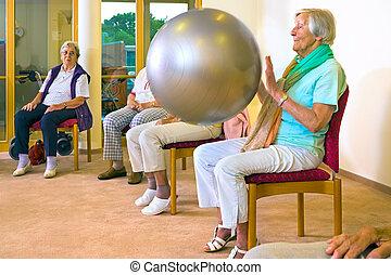 女性, ボール, 仕事, 年配, pilates, から