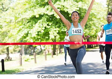 女性, マラソン, 勝者