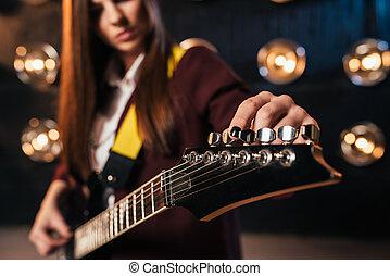 女性, 岩石, 吉他手, 在, 衣服, 曲, the, 吉他
